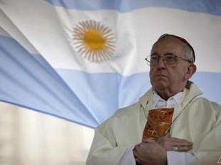"""L'opinione. Bergoglio """"papa laico"""" che scoraggia i credenti"""