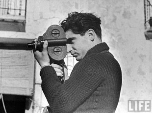 Robert Capa autoritratto