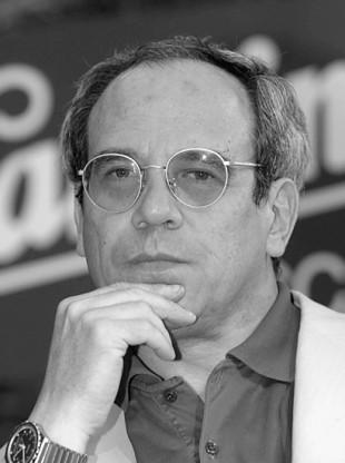 Maurizio Cabona giornalista scrittore, autore del ciclo di interviste per Barbadillo sul declino italiano