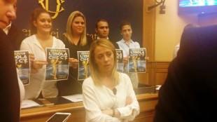 Giorgia Meloni alla conferenza stampa di presentazione della rassegna Atreju