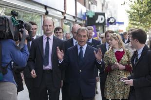 UKIP+Leader+Nigel+Farage+Douglas+Carswell+nfNAgQGRajVx