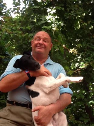 """Paolo Isotta con il fedele cane """"Ciampini"""""""