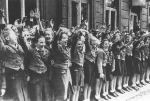 Fascisti ad una sfilata
