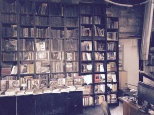 Il caso. La vergogna del silenzio per gli attentati alle librerie e ai circoli di destra in tutta Italia