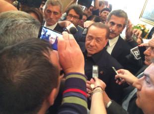 """Politica. Berlusconi si candida alle Europee e attacca il M5S: """"Come i comunisti"""""""