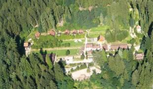 Una foto dall'alto della comunità di Garibaldi