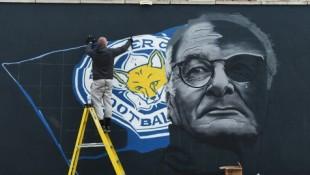 Murales celebrativo di Ranieri e dell'impresa del Leicester