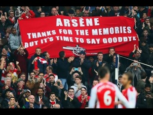 "Premier. Arsenal, tifosi in corteo contro Wenger: ""Au revoir, Arsène"""