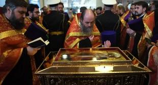"""Russia. Il patriarca Kirill: """"2,3 milioni di fedeli hanno venerato le reliquie di San Nicola"""""""