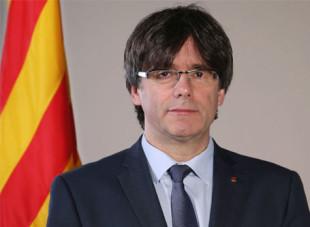 Il caso. Con la fuga a Bruxelles, il romanzo catalano finisce in farsa