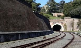 InTreno. Da Roma San Pietro a Castel Gandolfo, la Ferrovia dei Papi