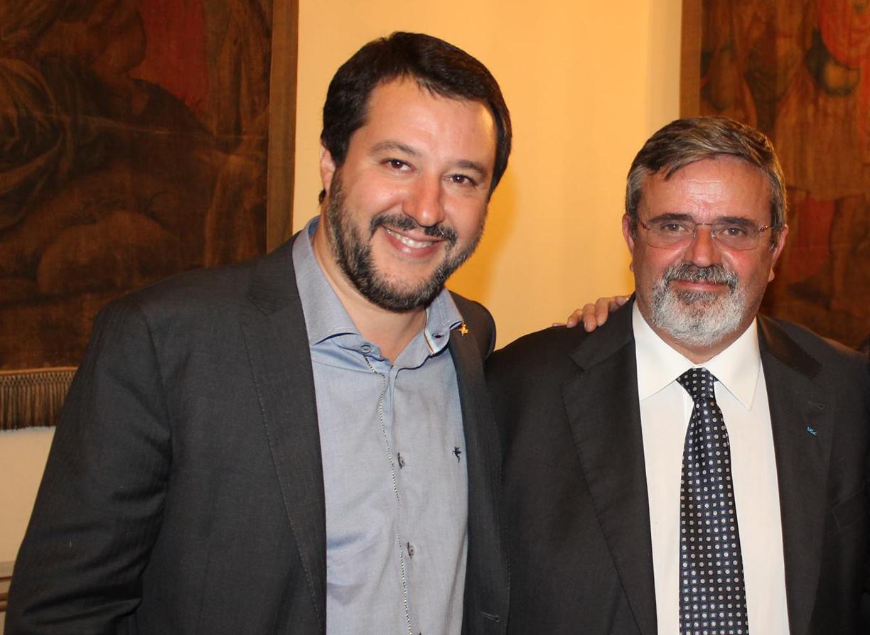 Centrodestra, Salvini detta le condizioni per l'accordo con Berlusconi