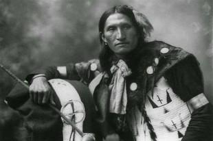 Il caso. Il capo dei Sioux Alce Nero sarà santo per i cattolici: i missionari lo battezzarono come Nicholas