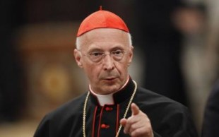 """Il caso. Il cardinal Bagnasco """"Non vedo nessun pericolo onda nera"""""""