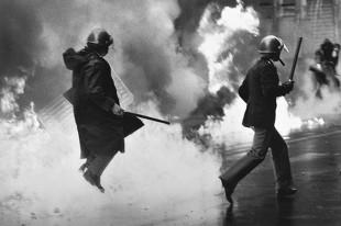 Il punto (di M.De Angelis). Il ruolo dei media nel fermare l'escalation della violenza degli antifascisti