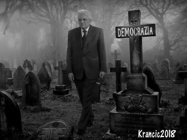 Il paese è spaccato e la satira di Alfio Krancic ci consente di riflettere sulla crisi istituzionale in atto, con il popolo distante dagli euro-diktat e le istituzioni a guardia di un sistema che sta impoverendo i popoli