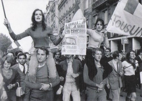 1968-69 Vogliamo tutto: Gli studenti, gli operai e …gli astronauti. Giovanni de Luna al Teatro Massimo parla del '68.