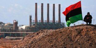 Esteri. Libia in fiamme: scontri con milizie, interrotto il trasporto del greggio di Ras lanuf