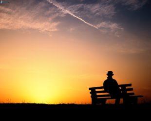 """Il punto (di M.Fini). Noi vecchi nelle """"feste"""" e la dolorosa solitudine"""