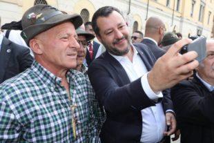 Il punto (di M.Veneziani). Come reagiranno gli italiani al bombardamento contro Salvini?