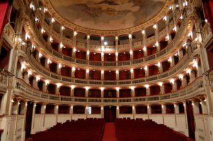 Cultura (di P. Isotta). Così i giochi della politica travolgono il Teatro Stabile di Napoli
