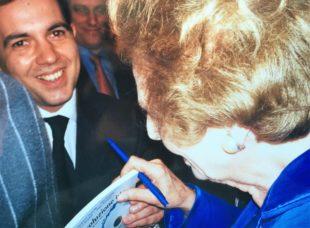 Il giovane Giampiero Cannella con Margharet Thatcher