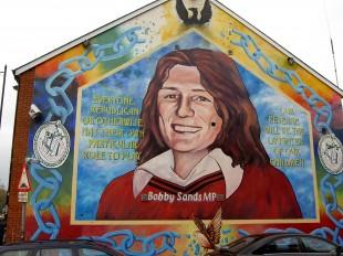bobby_sands_mural_in_belfast3201