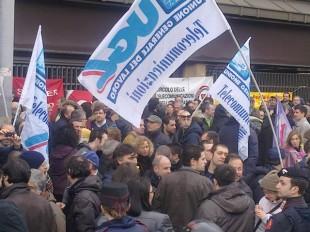 L'Ugl, una volta un sindacato dei lavoratori. Ora un bazar di litigiosi