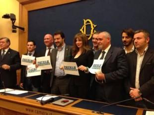 Una immagine della conferenza stampa con Matteo Salvini alla Camera