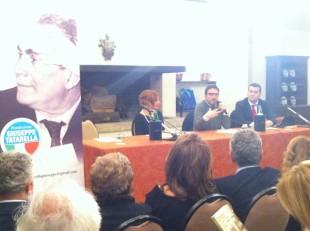 Al tavolo dei relatori Annalisa Tatarella, Pietrangelo Buttafuoco e Michele De Feudis