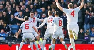 L'esultanza dei giocatori di Gibilterra per il primo storico gol