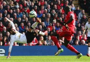 Il bellissimo gol del 2-0 di Juan Mata, in semirovesciata
