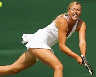 Tennis. Foro Italico, la bellezza vince a metà: Sharapova riscatta la sfiga di Federer