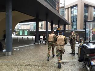 Soldati belga al presidio della Commissione europea.