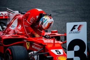 Vettel in Giappone