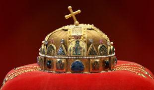 Strade d'Europa. Santo Stefano I re d'Ungheria e la corona sacra: il cuore della nazione magiara