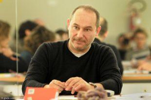 """Questionario proustiano sulla scuola#27. Gian Maria Villalta: """"Dialogare con il mondo"""""""