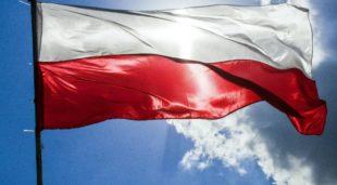 Politica. In Polonia vincono i conservatori, battuti Tusk e la Nobel Tokarczuk