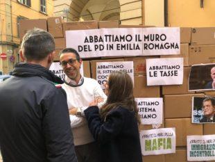 La lettera. Dal Muro di Berlino a quello dell'Emilia-Romagna: GN fiaccola di libertà