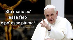 """Chiesa. Lo """"schiaffo"""" del Papa e la mansuetudine (fraintesa) degli uomini di fede"""